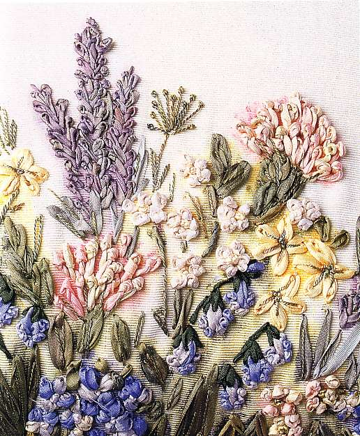Gallery.ru / Фото #155 - Журналы и книги по вышивке лентами.  - Alika1402.