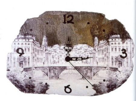 Уроки декупажа. Как сделать часы для сада из камня.