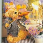 Эти милые мишки Тедди и немного плюшевых зайцев.
