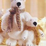 Вяжем белых медведей.