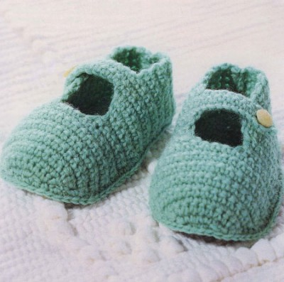 Схемы вязания для малышей. Пинетки - туфельки с розочкой.