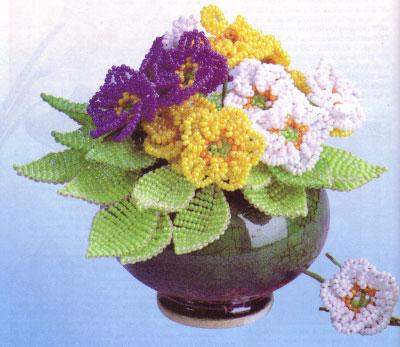 Как сплести из бисера чудесные цветы - примулы.