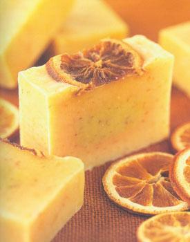Мыло своими руками. Рецепт освежающего мыла с лимоном и клементом.