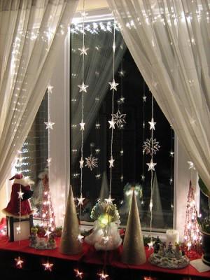 """Не только детям нравится эффект новогодних гирлянд, когда комната превращается то в веселое  """"диско """"..."""