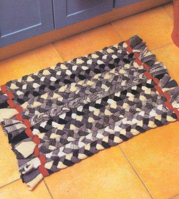 Делаем самостоятельно коврики из лоскутов. Как сделать ковёр