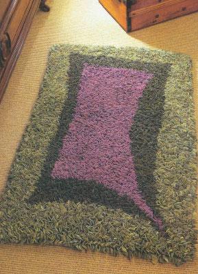 Делаем самостоятельно коврики из лоскутов. Как сделать ароматизированный коврик с лавандой.