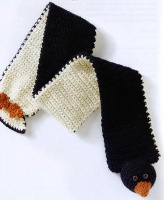 Вяжем крючком забавный шарфик