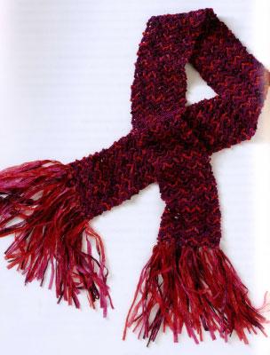 Танец огня. Вяжем шарф с волнистым узором.