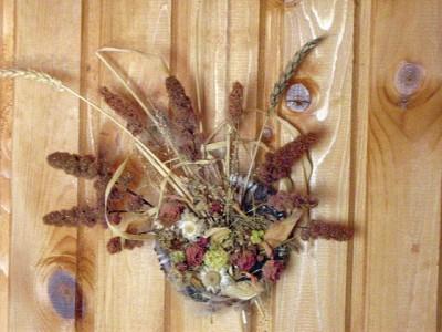 Два панно из сухоцветов Ольги Кочарян.