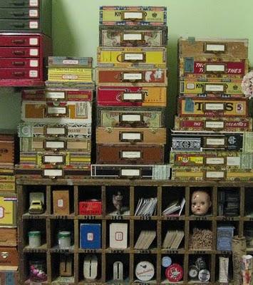 Как декорировать старый шкафчик с ящичками. Организация рабочего места.