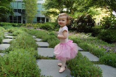 Как сшить юбку - балетную пачку для маленькой балерины.