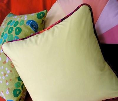 Как сшить подушку (чехол на подушку) с валиком по краю.