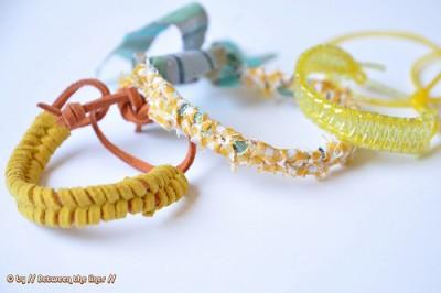 Летние браслеты из ткани, резинок и шнурков.