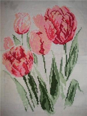 Схемы для вышивания цветов и букетов.