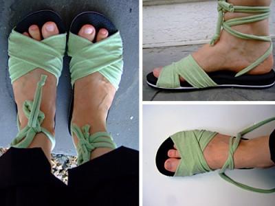 Как сделать удобную, красивую летнюю обувь из старых шлёпок.