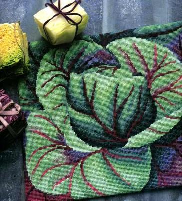 Вышиванием овощи: артишок, баклажаны, капусту, лук.