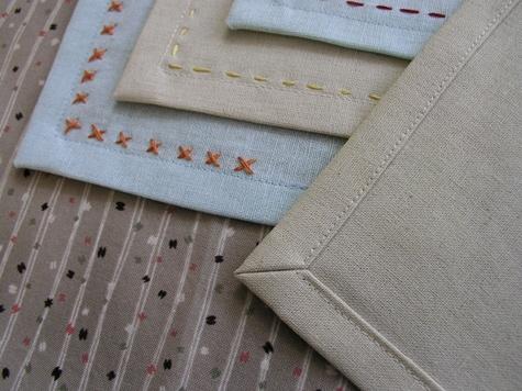 Уроки шитья. Салфетки, сшитые и вышитые вручную.