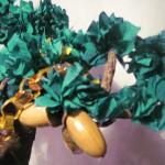 Войлочные шарики для украшения ёлки.