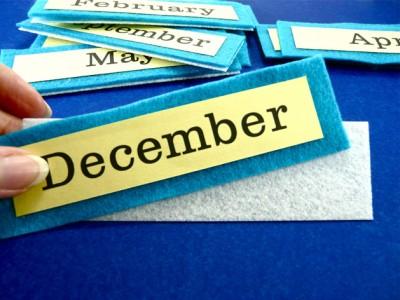 Пуговицы и ткань. Настенный календарь.