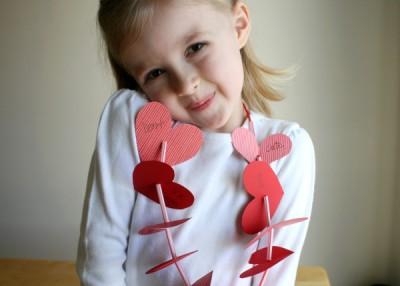 Ожерелье к 14 февраля для маленькой принцессы.