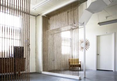 Красивая и элегантная ширма для квартиры или дома своими руками.