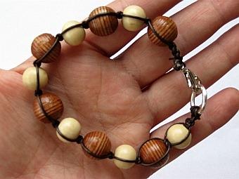 Макраме. Стильный браслет для мужчин и женщин.