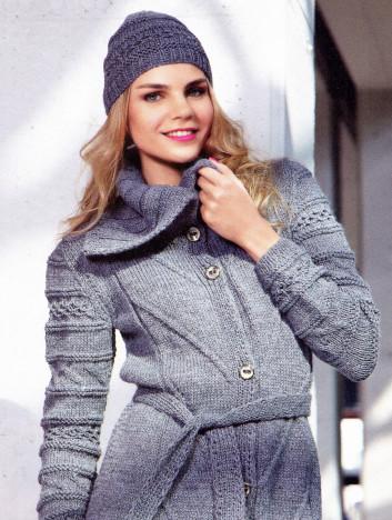 Вязаный комплект: пальто и шапочка. 40561